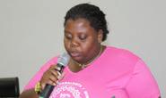 Néia homanegeia a mulher e pede melhorias em diversos bairros