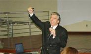 CDL realiza Café Empresarial com palestra de Moacir Muzzi