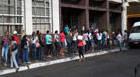 Prefeitura contrata servidores temporários para suprir vagas de grevistas