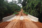 Ponte que liga Araxá a Argenita está pronta