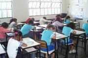 Estudantes fazem avaliações do Proeb e Prova Brasil