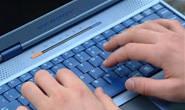 Jovem registra ameaça do ex-namorado por rede social