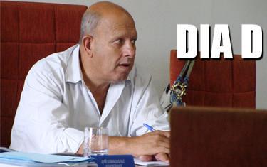 Vereadores apreciam o veto do prefeito Jeová ao projeto Ficha Limpa nesta terça