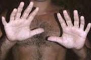 Estabelecimento é furtado por autor que tem seis dedos em cada mão
