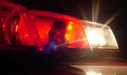 Bombeiros atendem duas vítimas em acidente de trânsito entre Kombi e moto