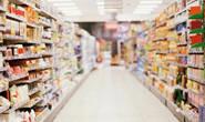 Bandidos surpreendem funcionários e roubam supermercado