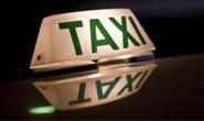 Taxista é assaltado e tem o carro levado por bandido
