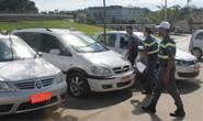Asttran faz operações contra táxis clandestinos em Araxá