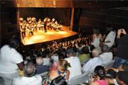 Teatro Municipal não está fechado, esclarece Cynthia Verçosa