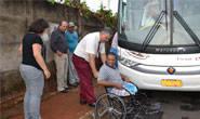 Miguel Junior libera ônibus para Apae levar pacientes à AACD