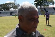 Nivaldo Lancuna quer um time com mais toque de bola nos próximos jogos