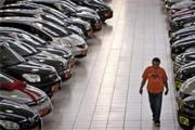 Venda do setor automotivo cai quase 20% em abril na comparação com 2014