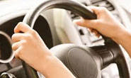 Polícia flagra menor dirigindo carro com queixa de furto