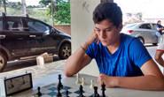 Araxá recebe estudante dos EUA em etapa do Circuito Araxaense de Xadrez