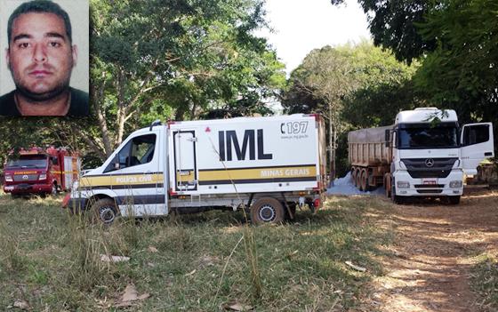 Motorista morre atropelado pela própria carreta na zona rural