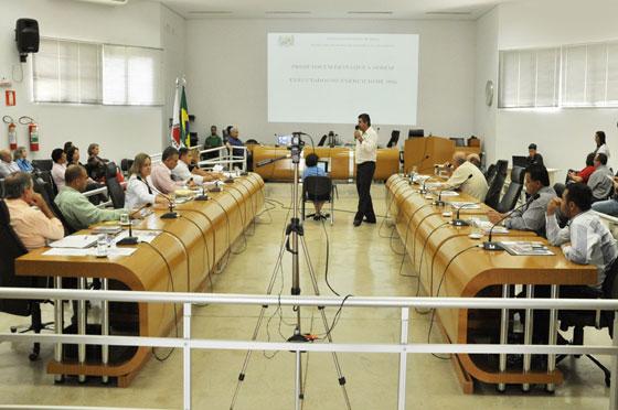 Prefeitura apresenta Orçamento Municipal para 2016