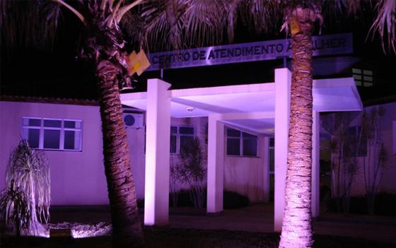 Centro de Atendimento à Mulher realiza ações dentro da Campanha Outubro Rosa