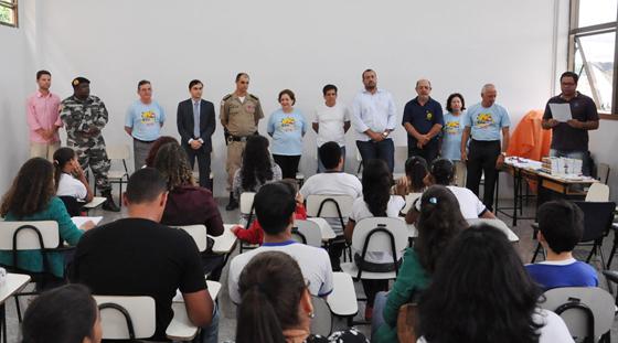 Prefeitura premia escolas participantes do projeto Céu Seguro
