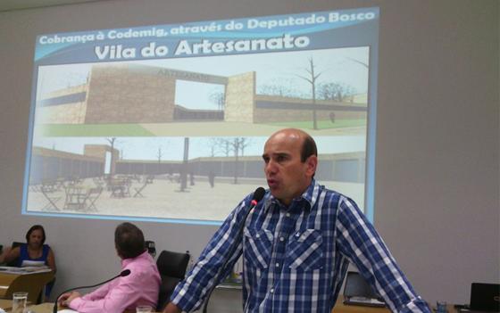 Fabiano Santos quer informações da Codemig sobre a Vila do Artesanato