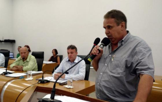 """""""Prefiro morrer do que roubar"""", diz Pezão no retorno ao Legislativo"""