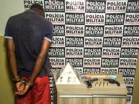 PM prende autor com duas armas