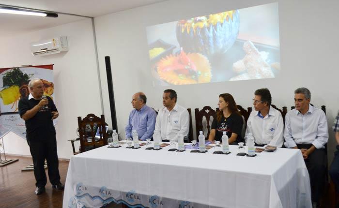 Onze bares e restaurantes de Araxá são certificados pelo projeto Metendo a Colher