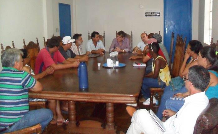 Prefeitura autoriza elaboração de projeto para feira no bairro Urciano Lemos