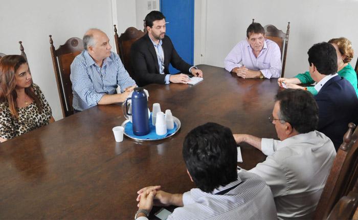 Reunião na Prefeitura de Araxá