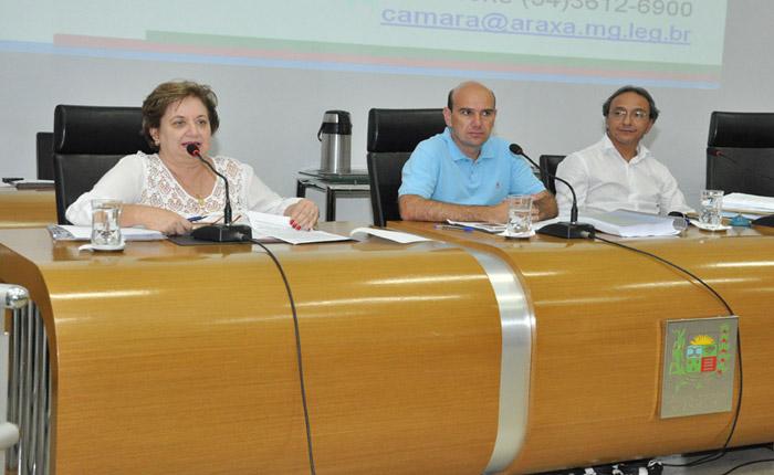 Em audiência pública, Lídia Jordão apresenta 2º Relatório sobre a saúde municipal