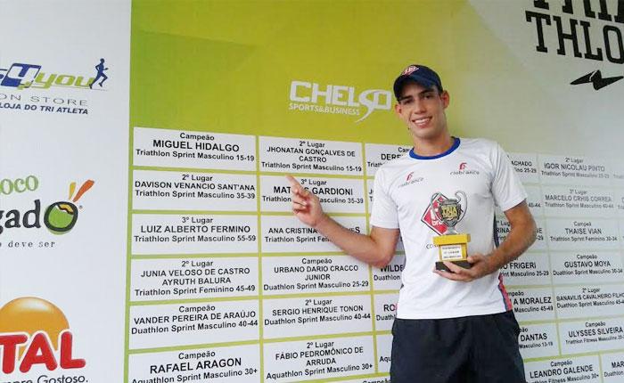 Jhonathan Castro é vice-campeão da Copa Interior de Triathlon