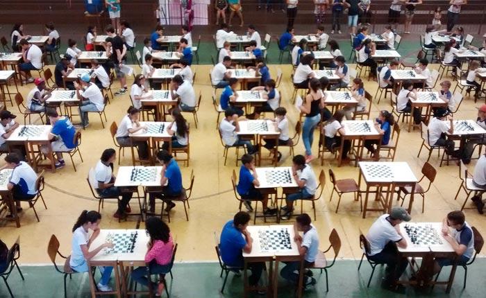 Xadrez o grande nome dos Jogos Estudantis de Araxá 2015
