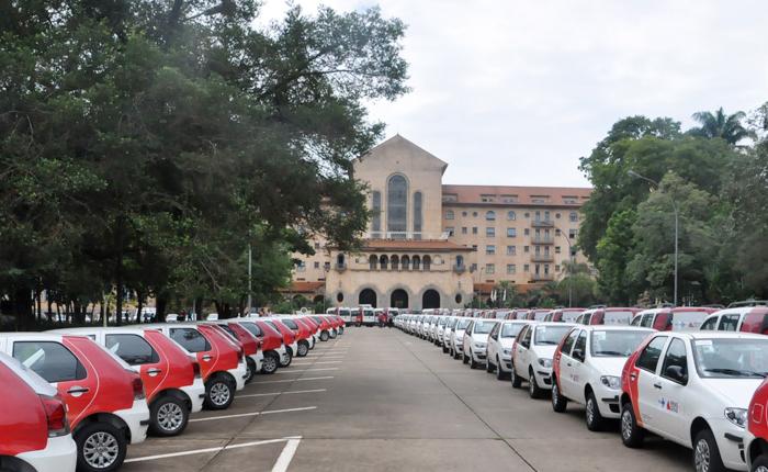 Governo de Minas entrega 117 veículos e anuncia investimentos em Araxá