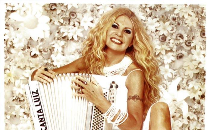 Elba Ramalho fará show no dia 19 de dezembro no FestNatal
