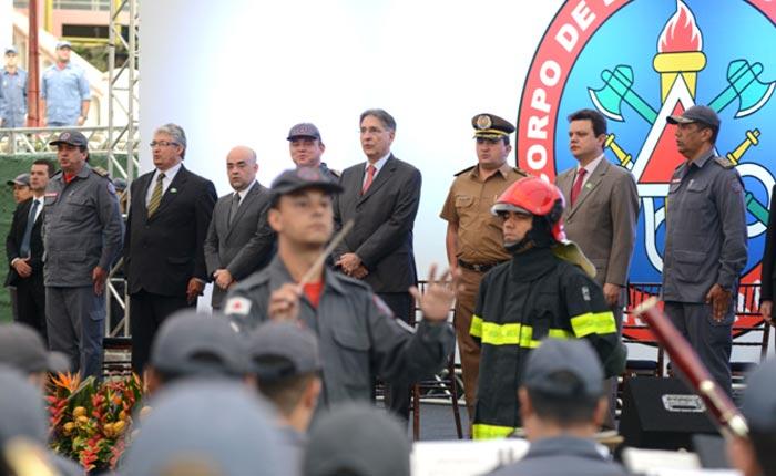 Deputado Bosco fortalece o Corpo de Bombeiros de Araxá