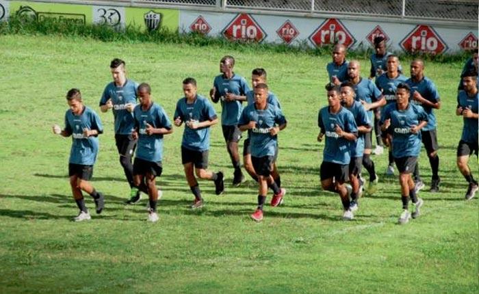 Ganso apresenta elenco sonhando com a elite do futebol mineiro