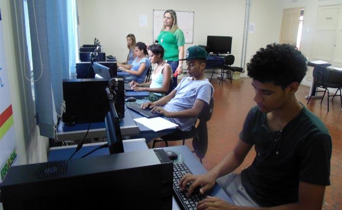 Julio Dario/Uaitec Araxá abre inscrições para cursos gratuitos de informática