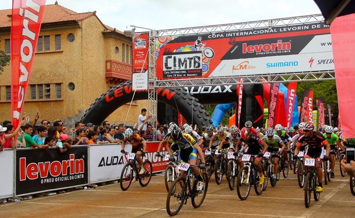 Araxá abre temporada da Copa internacional Levorin de Mountain Bike com atletas de várias partes do mundo