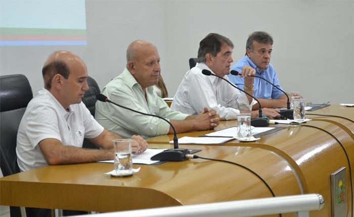 Vereadores definem Comissões Permanentes da Câmara na primeira reunião ordinária de 2016