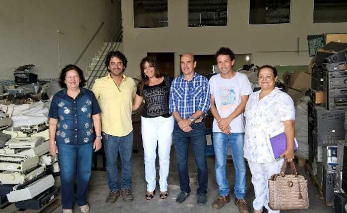 Parceria para descarte sustentável de eletroeletrônicos é intermediada pelo Vereador Fabiano