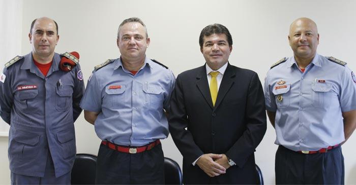 Nota: Deputado Bosco quer aumento de efetivo do Corpo de Bombeiros