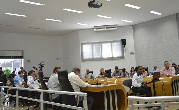 Projetos apresentados na reunião ordinária da Câmara Municipal de Araxá