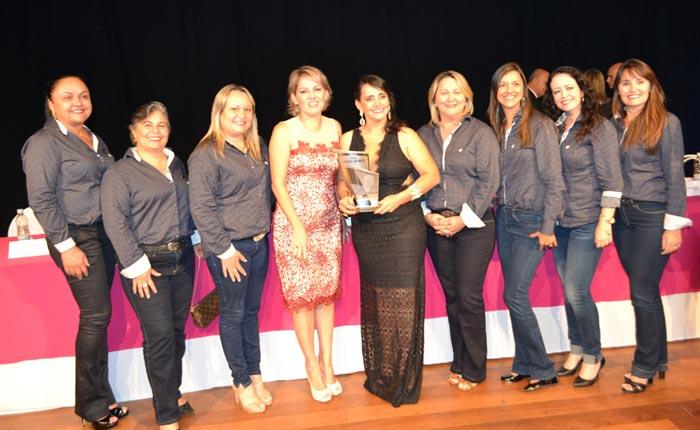Câmara da Mulher outorga o Prêmio Carlota de Melo