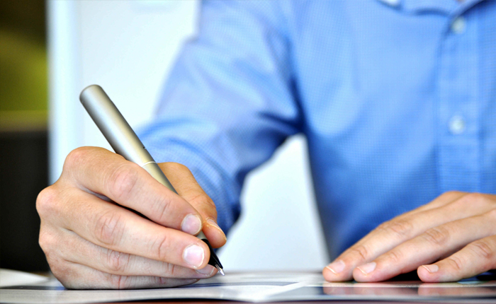 ALMG oferece curso a distância sobre administração pública