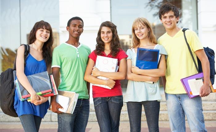 Educa Mais Brasil está com inscrições abertas para mais de 200 mil bolsas de estudo no país