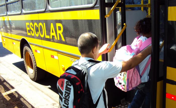Prefeituras têm até o dia 31 para aderirem ao Programa Estadual de Transporte Escolar