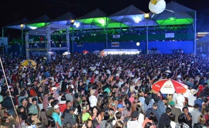 Confira as dicas da Polícia Militar para se divertir com segurança no Expoaraxá 2016