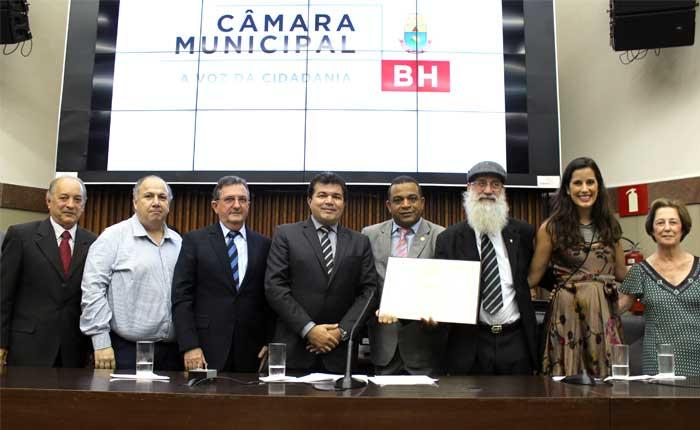 Araxaense é homenageado na Câmara Municipal de Belo Horizonte