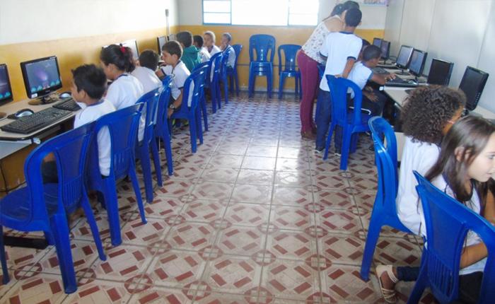 Escolas Municipais são contempladas com laboratórios de informática