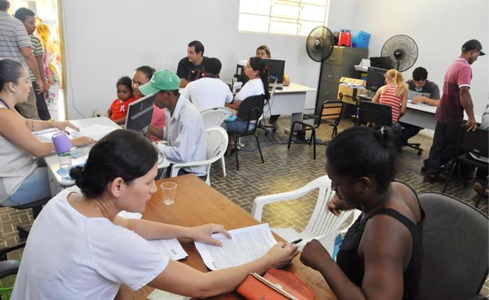 Mutuários do Pão de Açúcar IV assinam contratos de financiamento