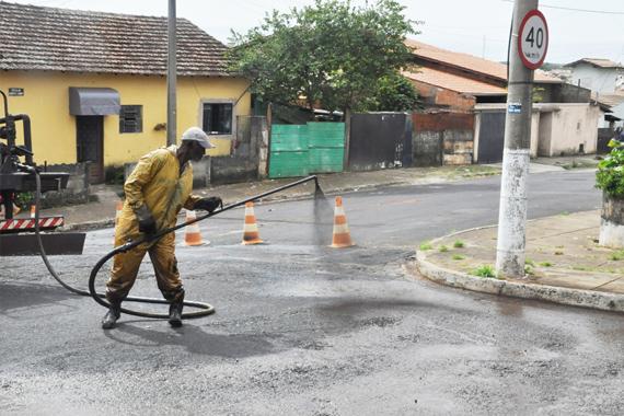 Avenida Sebastião Affonseca e Silva recebe recapeamento